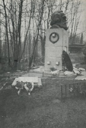 Claudia Jones' grave next to Karl Marx Highgate Cemetary, London, courtesy Pete Roberts