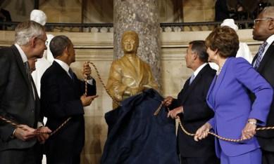 Rosa Parks statue unveiled Capitol Statuary Hall Sen. Harry Reid, Pres. Obama, Speaker Boehner, Reps. Nancy Pelosi, Jame