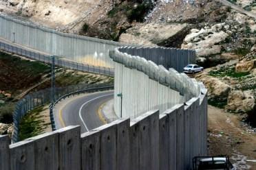 Apartheid roads 021213