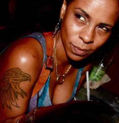 Chela Simone aka Holly Saucy