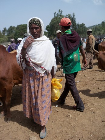 Ethiopia- livestock sale, Addis Ababa 0613 by Wanda