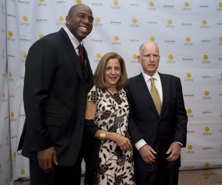 Magic Johnson, Anne Gust Brown, Gov. Jerry Brown at California Hall of Fame induction ceremony Sacramento 120811 by Hect