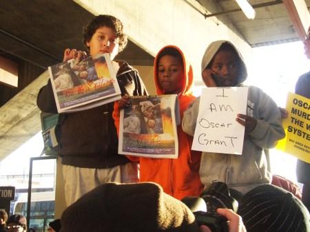 Oscar Grant rally 3 boys 'I am Oscar Grant' Fruitvale BART 010709 by photographer, Indybay, web