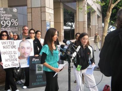 UN petition press conf Kendra at mics LA State Bldg 032012 by Alma Espinosa