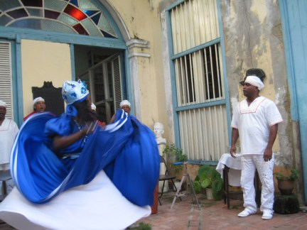 Richmond Regla Cuba Tour Afro-Cuban folkloric troupe Nsila Cheche dancers, Regla 1213 courtesy Marilyn Langlois, web