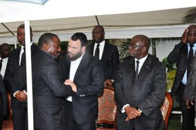 DRC President Joseph Kabila greets Israeli billionaire Dan Gertler
