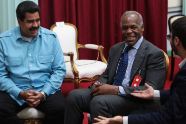 President Maduro, Danny Glover solidarity w Venezuela 031114