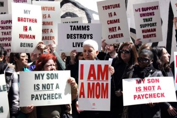 Geneva, Rose, Brenda's sons 9, 8, 14 yrs Tamms solitary protest AFSCME guards union 040412 by Adrianne Dues