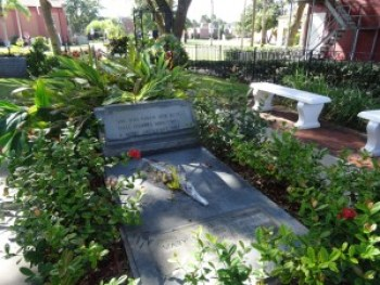 """Wanda writes: """"I also stopped by Mary McCleod Bethune gravesite at Bethune-Cookman University in Daytona Beach. The grave is near her house, which is a museum and foundation center."""" – Photo: Wanda Sabir"""