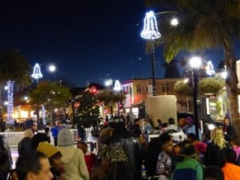Third Street will be dressing up for the holidays. This picture – of Mendell Plaza at Third and Palou – was taken last December.