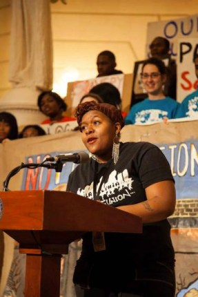 High school senior and Philadelphia Student Union activist Sharron Snyder speaks in Harrisburg at a rally organized by Decarcerate PA. – Photo: Paul Gargagliano