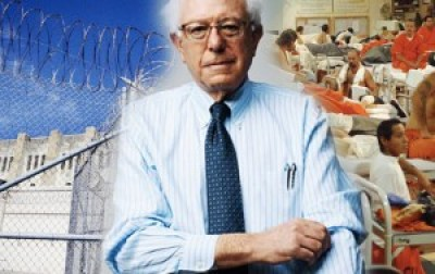 Bernie Sanders wants to abolish private prisons.