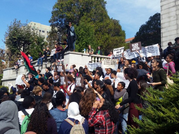Berkeley High students rallied on the UC Berkeley campus Thursday, Nov. 5, in support of racial justice after a threat to lynch Black lives appeared on a BHS library computer. – Photo: Lance Knobel, Berkeleyside