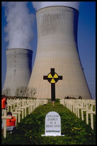 'Nuclear energy is a dead end - Greenpeace' anti-nuke protest