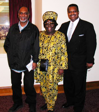 Espanola was as comfortable at the most elegant formal affairs as she was at home in the hood and never hesitated to speak truth to power. Here she is with Francisco Da Costa and Kevin Williams.