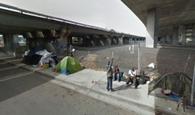 This photo of a camp that used to be near Sycamore and Northgate Avenue but was closed earlier this year illustrates a story by Darwin Bond-Graham in the East Bay Express, dated Dec. 22, 2015, reporting that Oakland spent $72,000 in 2015 to eradicate camps and destroy people's belongings. – Photo: Google Streetmap