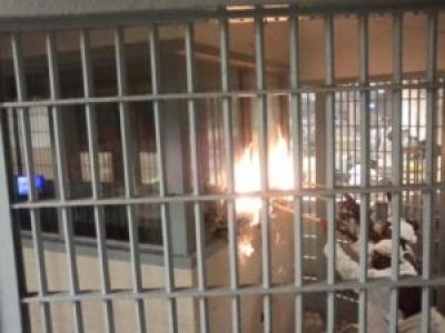 Holman Prison rebellion setting fire 031116 by prisoners