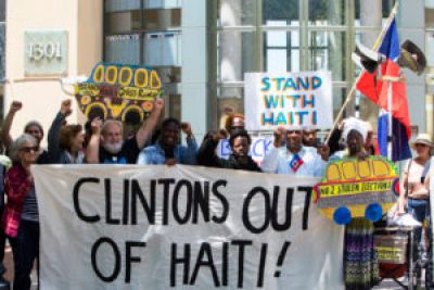 """Several members of the picket line chanted """"Clintons out of Haiti,"""" one of two very important international messages addressed at the """"Day of Action for Haiti."""" – Photo: Malaika H Kambon"""