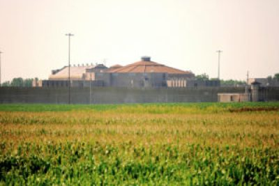 Stateville Correctional Center in Crest Hill, Illinois. – Photo: Jim Larrison