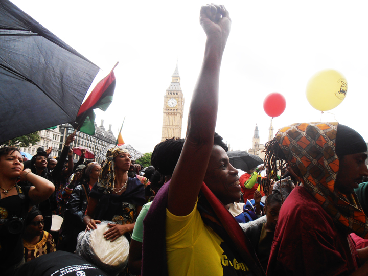 https://i1.wp.com/sfbayview.com/wp-content/uploads/2016/08/London-Reparations-March-G%C3%87%C3%BFYes-for-ReparationsG%C3%87%C3%96-at-Parliament-Square-080116-by-Jahahara-web.jpg