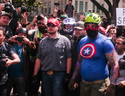 Neo-Nazi pro-Trump rally: Civil war in Berkeley – no cops