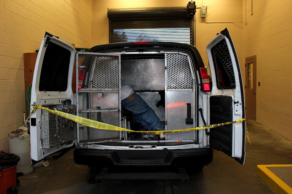 San Francisco Bay View 187 Prison Transportation Service