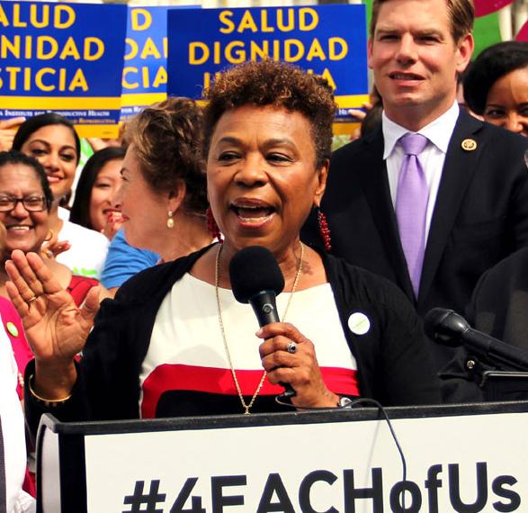 https://i1.wp.com/sfbayview.com/wp-content/uploads/2018/11/Rep.-Barbara-Lee-speaks-at-rally.jpg