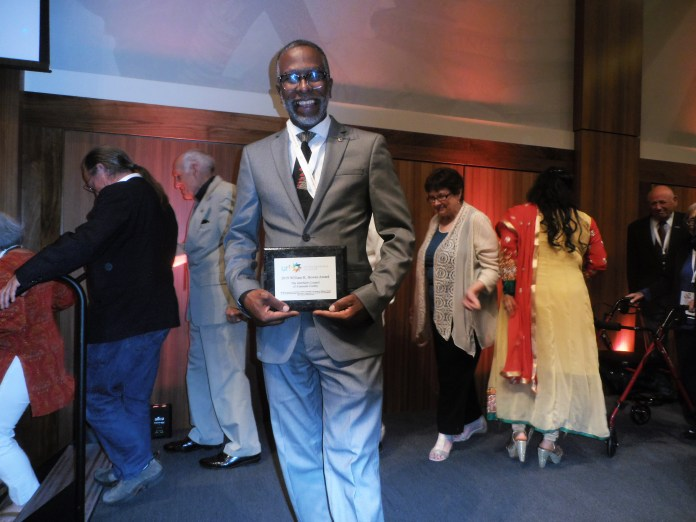 Rev.-Ken-Chambers-pastor-West-Side-MBC-Oakland-award-to-Interfaith-Council-of-Alameda-Cty-at-URI-Accelerate-Peace-int'l-conf-Stanford-0619-by-Jahahara, Reparations now! Pass HR 40!, Culture Currents