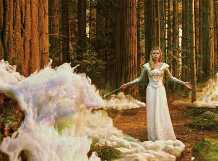 Oz the Great and Powerful second trailer