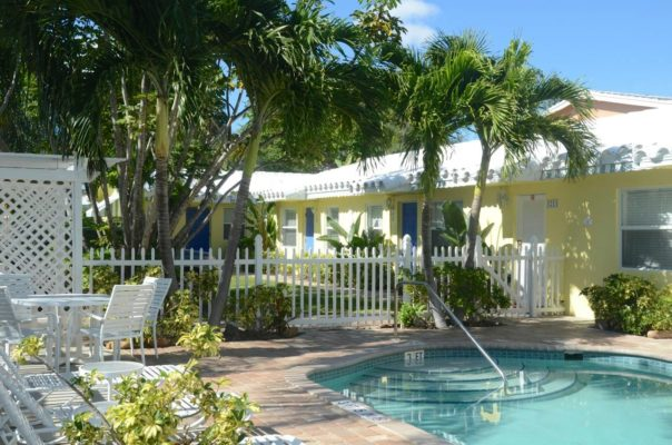What are the Property Management requirements in Florida