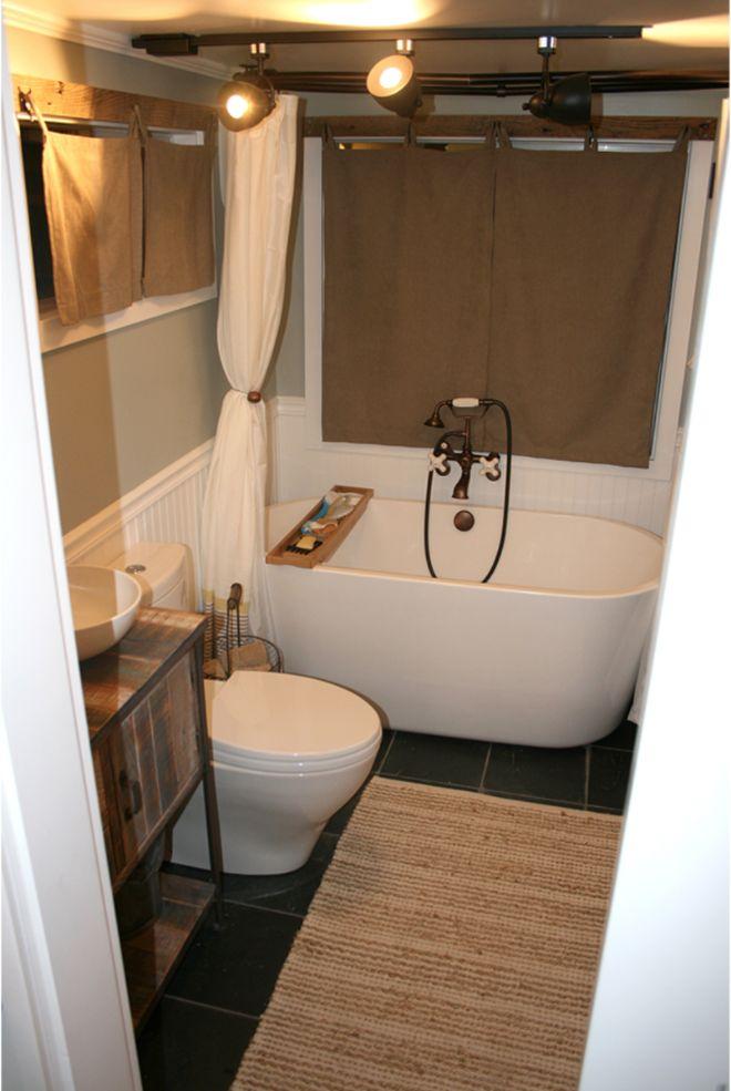 tiny house trailer bathroom
