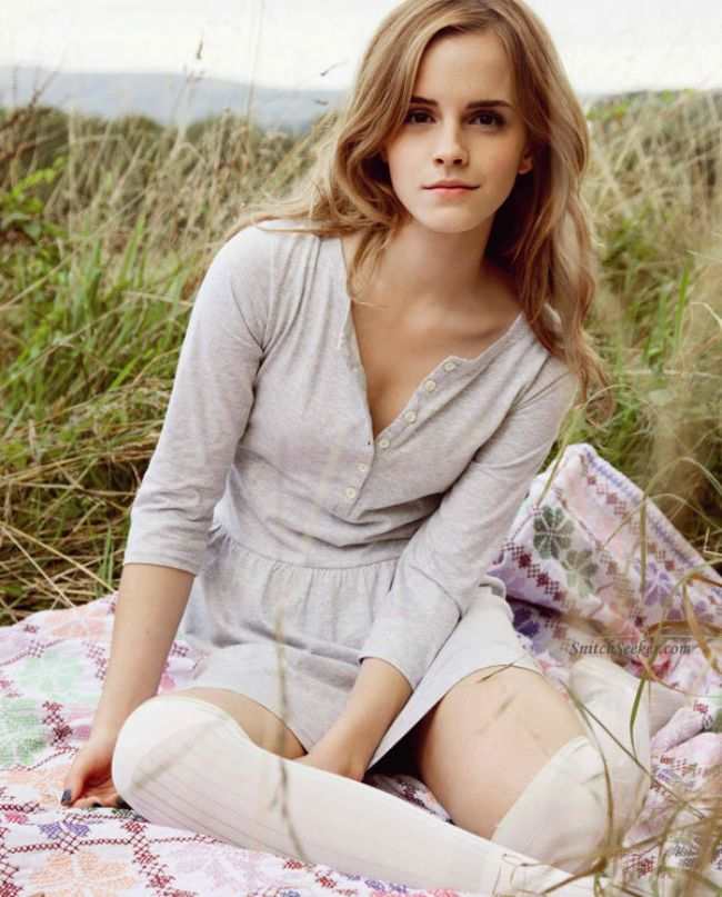 Emma Watson hot photos sexy Instagram bikini pictures