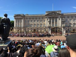 London (15-21 July 2017): Changing of the Guards