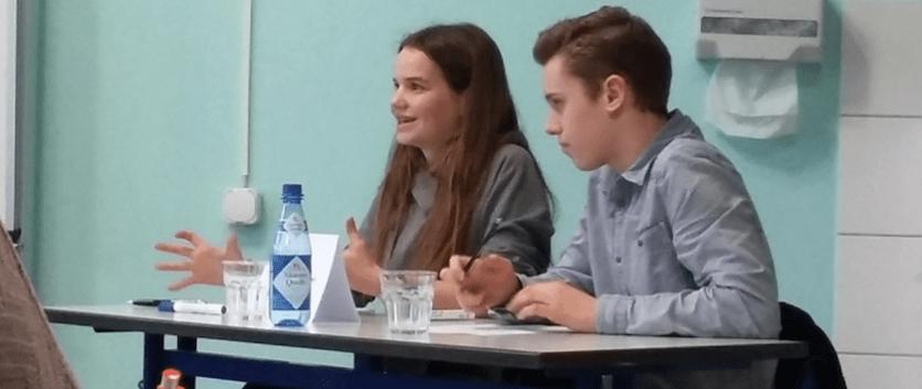 """08.02.2017: Leonie Widmann beim Regionalwettbewerb von """"Jugend debattiert"""""""
