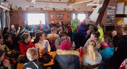 Januar 2017: Das SG-Team feiert die Quali für das Landesfinale in der Skihütte Heubach/Bartholomä