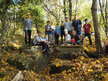 17.10.2017: Exkursion zum Braunenberg, Ruine der Liftstation beim Steinbruch