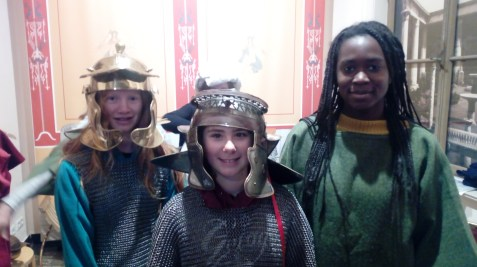 "09.-17.12.2018: ""Olala, les Romains...!"" verkleidet mit Schülerinnen und Schülern aus Saint-Lô"