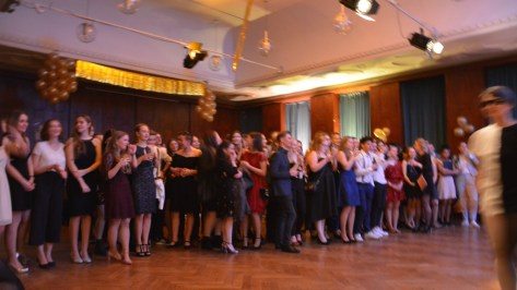 """15.02.2019: Showtime beim Winterball """"Glamour and shine!"""""""