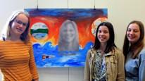 """11.07.2019: Schülerinnen und Schüler und Kunstlehrerin Eva Gold aus dem SG haben mitgemacht bei der Ausstellung des Projekts """"Meine Stadt, mein Zuhause"""""""