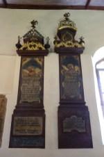 17.07.2021: Die Epitaphien in St. Johann erzählen von Aalens Vergangenheit, z.B. von der Familie Führgang, die Gründerfamilie der Fa. Lindenfarb