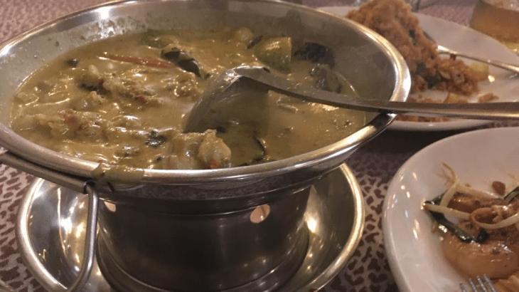 リトル タイランドなGolden Mileエリアに足を踏み入れ、 Beer thai House Restaurantでリーズナブルで繊細美味しいタイ料理に大満足