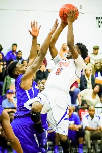 Quan Hillmon drive during action against Americus-Sumter. Photo: Erin Parker/SGSN
