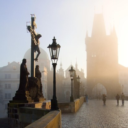 Charles Bridge web