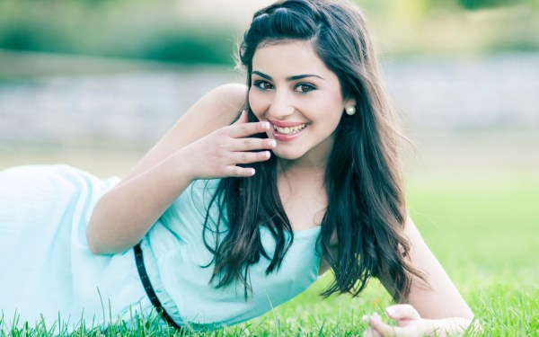 100+ Cute Lovely Girls Profile Picture DPs for WhatsApp ...