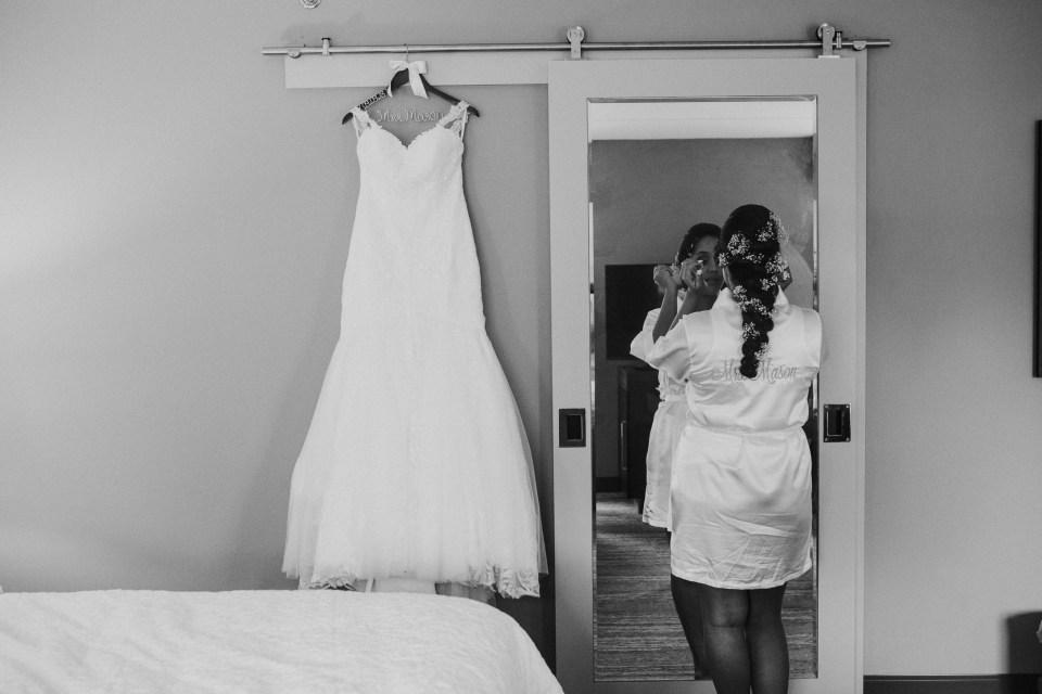 wedding photographer on rainy day