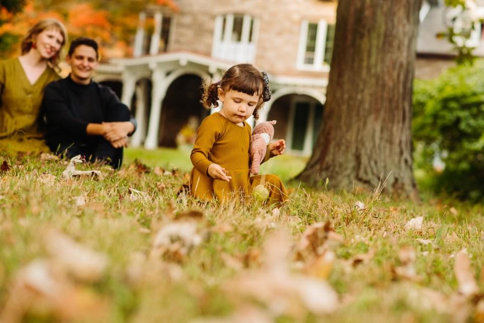 autumn family photographer philadelphia