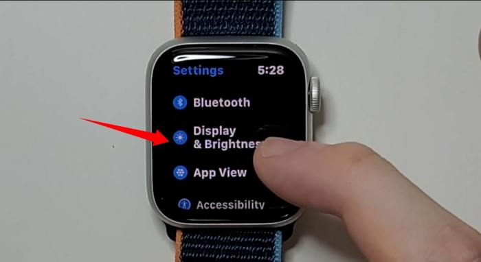 How to Turn Off Always-On Display on Apple Watch Series 5 and 6 (AOD)