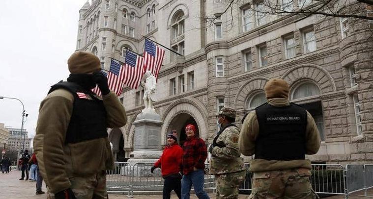 """تنصيب بايدن.. إخلاء المحكمة العليا بعد """"تهديد بوجود قنبلة"""""""