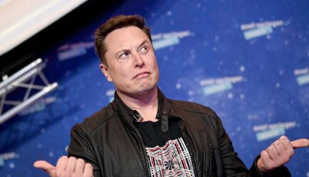 """""""ماسك"""" يخسر حوالي 14 مليار دولار في يوم واحد"""