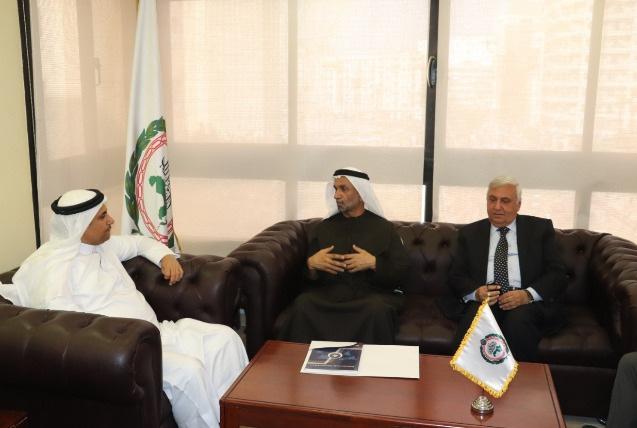 رئيس البرلمان العربي يستقبل رئيس المجلس العالمي للتسامح والسلام